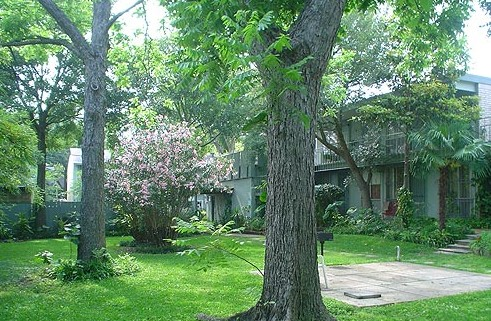 Exterior at Listing #139334