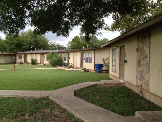 Brookview Duplexes Apartments San Antonio TX