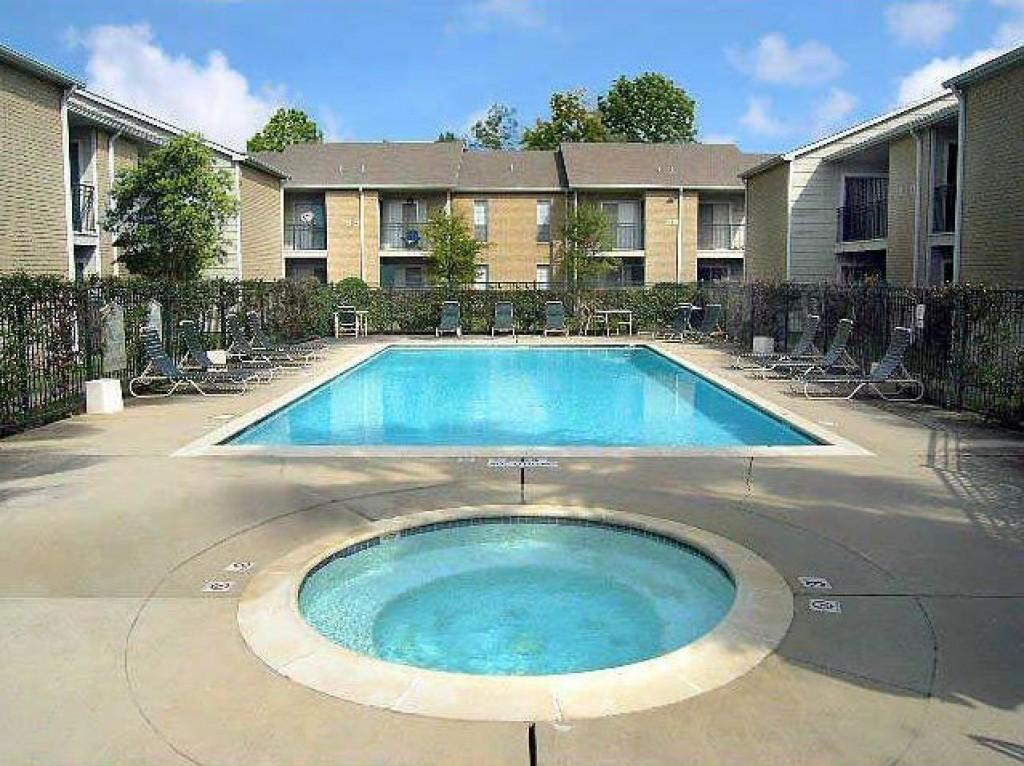 Pool at Listing #139059