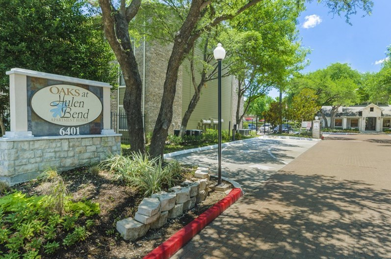 Hub at Chisholm Trail Apartments