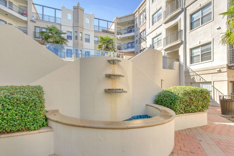 Fountain at Listing #137912