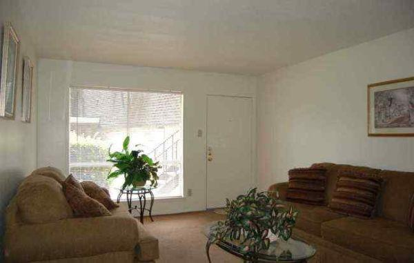 Living at Listing #141106