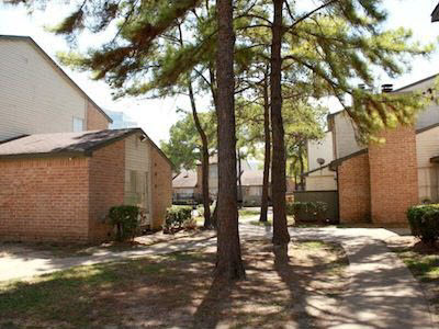 Exterior at Listing #139034