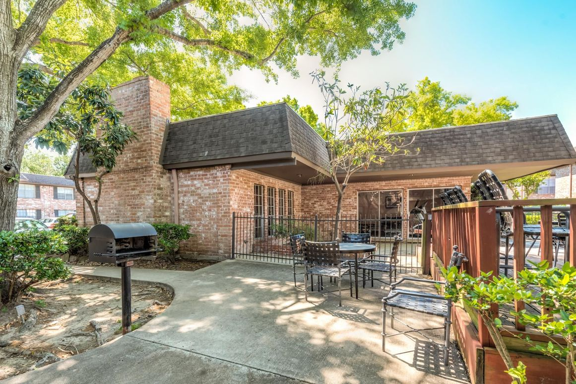 Picnic Area at Listing #138773