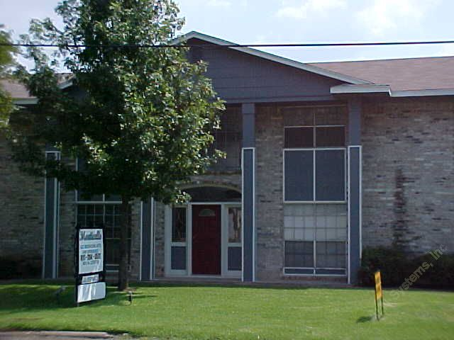 Exterior 3 at Listing #138165