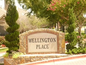 Wellington Place at Listing #136161
