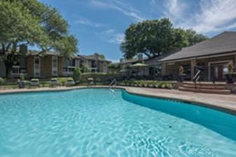 Pool at Listing #137069