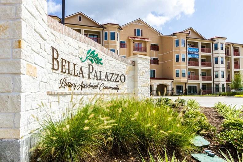 Bella Palazzo Apartments