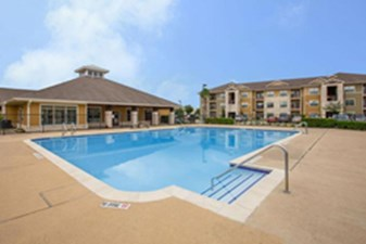 Pool at Listing #147518