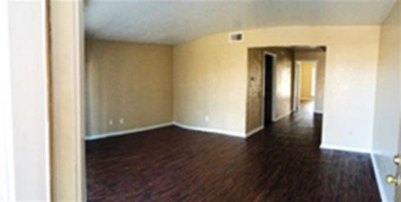 Living at Listing #137200
