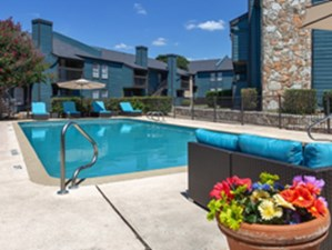 Pool at Listing #141035