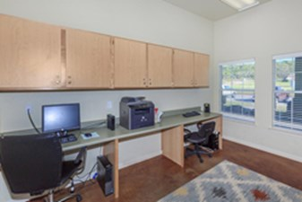 Business Center at Listing #216012