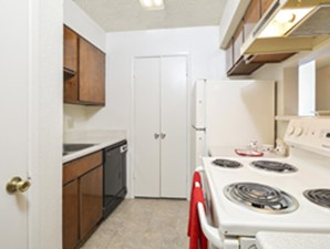 Kitchen at Listing #141240
