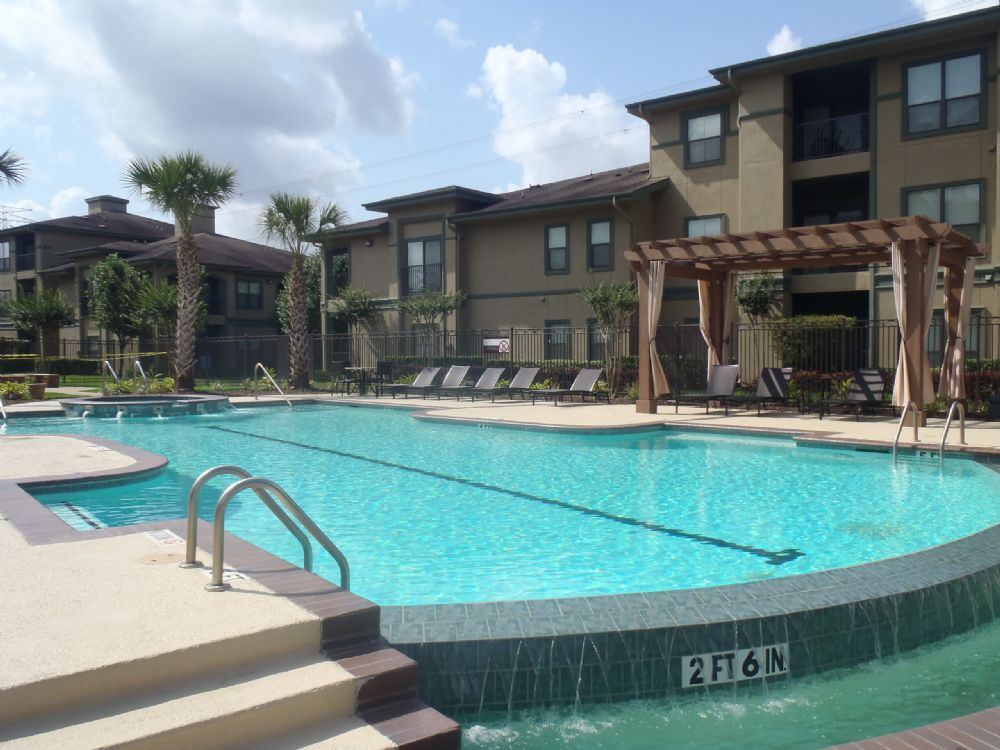 Pool at Listing #144166
