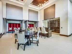Lounge at Listing #242403