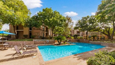 Pool at Listing #140814