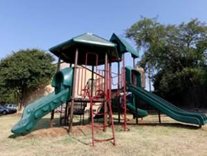 Playground at Listing #140471