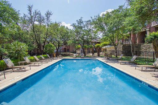 Pool at Listing #141302