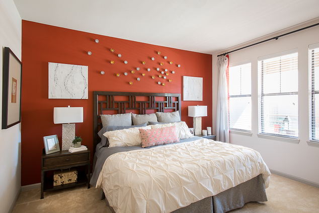 Bedroom at Listing #225600
