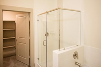 Bathroom at Listing #293426