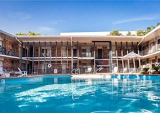 Pool at Listing #305126