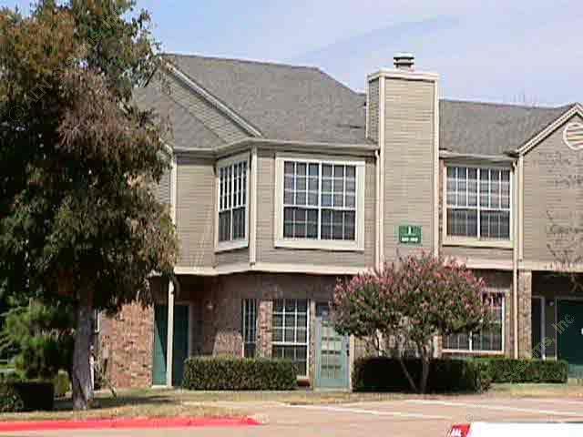 Country Trail Apartments Carrollton, TX