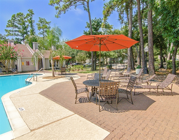 One Westfield Lake Apartments Spring TX