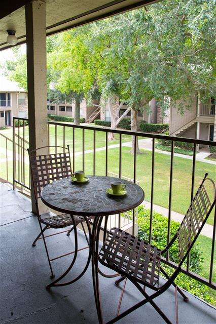 Patio at Listing #138367