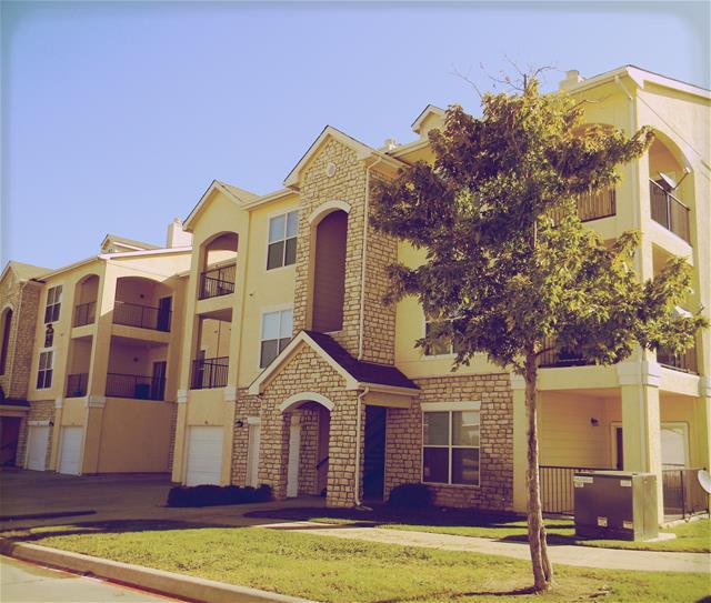 Oxford at Lake Worth I Apartments Fort Worth, TX