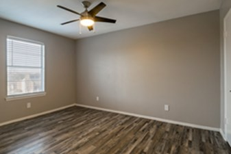 Bedroom at Listing #137547