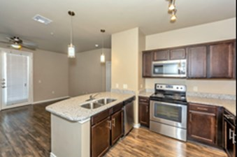 Living/Kitchen at Listing #279075