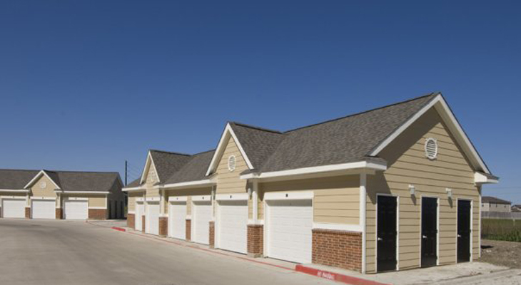 Exterior at Listing #147441