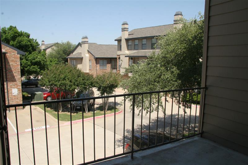 Pecan Square Apartments Addison, TX