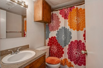 Bathroom at Listing #140542