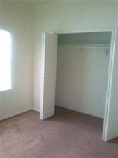Bedroom at Listing #136292