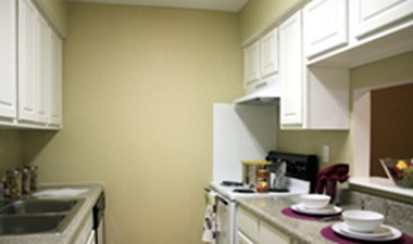 Kitchen at Listing #138388