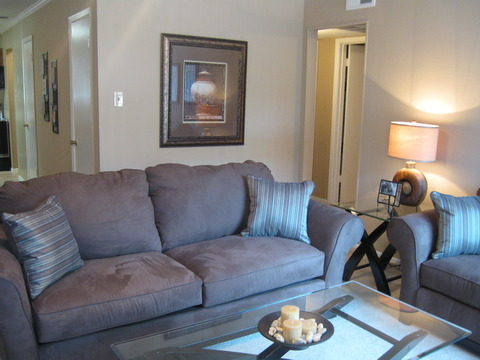 Living at Listing #137067