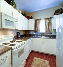 Kitchen at Listing #140606