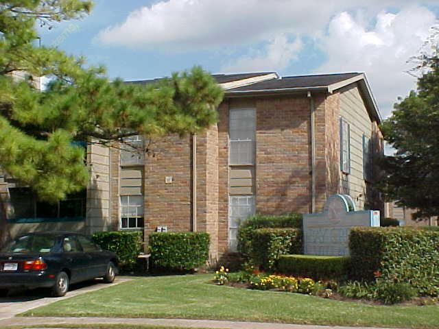 Bays II Apartments Houston TX