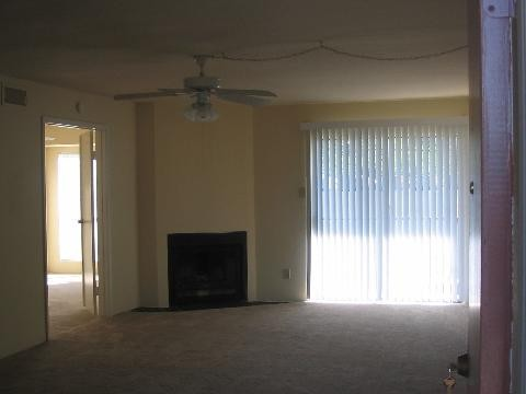 Living at Listing #139407