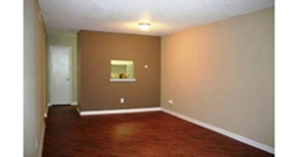 Living at Listing #138386