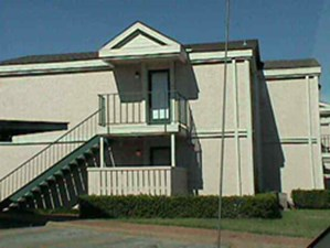 Exterior 2 at Listing #136531