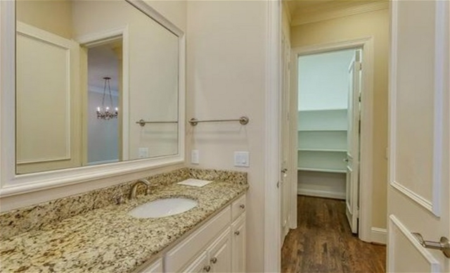 Bathroom at Listing #274726
