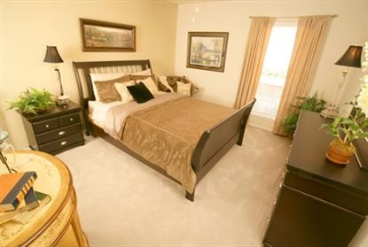 Bedroom at Listing #136481