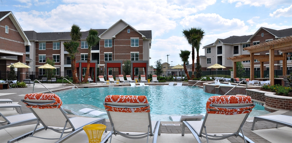 Virtual Living at Kingwood Apartments Lake Houston TX