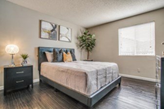 Bedroom at Listing #135931