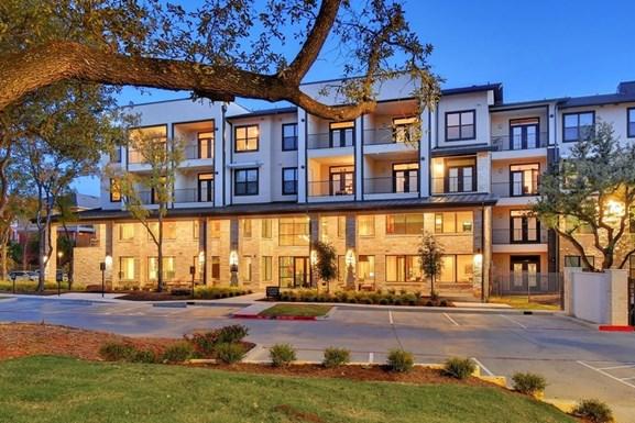 Lenox Ridge Apartments