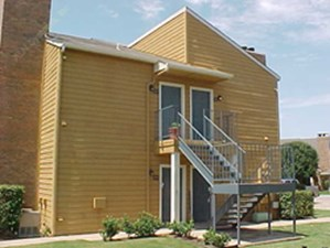 Exterior 2 at Listing #137569