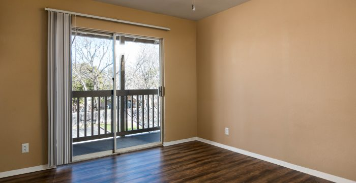 Living at Listing #140183