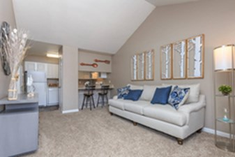 Living at Listing #138346